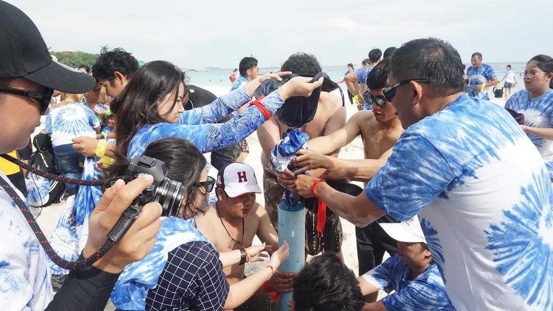 กิจกรรมทีมบิวดิ้งชายหาด