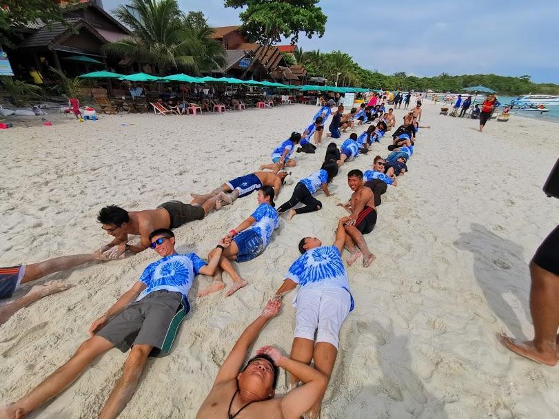 กิจกรรมทีมบิวดิ้งชายหาด6
