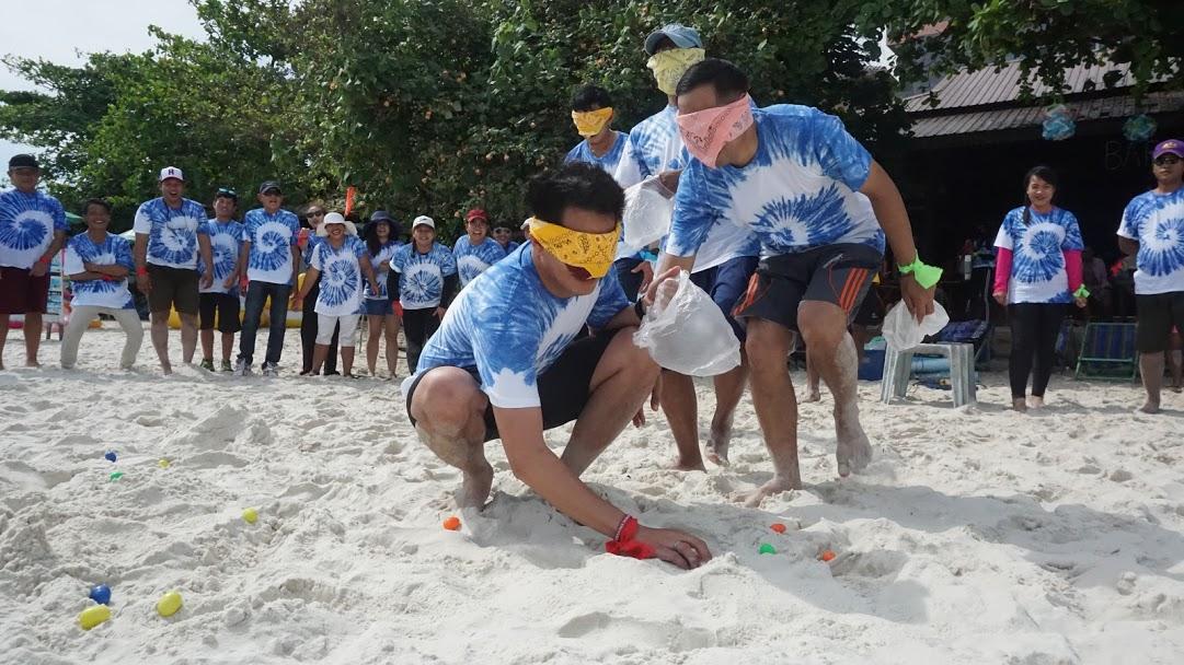 กิจกรรมทีมบิวดิ้งชายหาด2